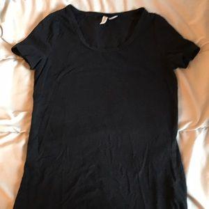 H+M divided black t-shirt